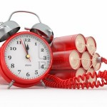 12127380-countdown-bomba-ad-orologeria-con-detonatore-sveglia-dynamit-3d