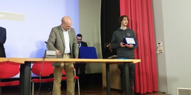 il vincitore della sezione studenti medi