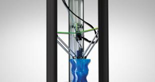 Una delle stampanti 3D in dotazione all'associazione Idea