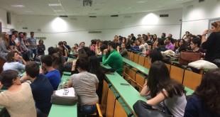 Unipa: continua la protesta per la riduzione degli appelli nella scuola di Medicina