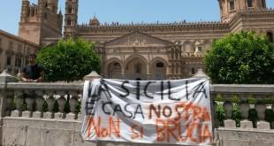 """La rabbia degli studenti Unipa: """"La Sicilia è casa nostra, non si brucia"""""""