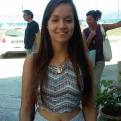 Giorgia (19 anni, Grecia)