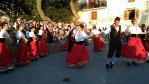 I ragazzi di Polizzi Generosa nei balli tipici siciliani.