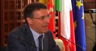 Università, Cantone: «Stretto legame tra corruzione e fuga di cervelli»
