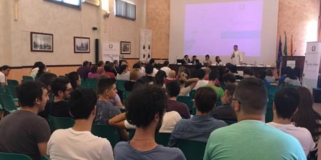 Immagine del convegno alla scuola Piazza