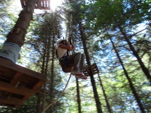 Uno dei percorsi acrobatici del Parco Avventure.