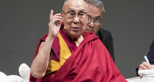 """""""Educazione alla Gioia"""", Il XIV° Dalai Lama Tenzin Gyatso ritorna a Palermo"""