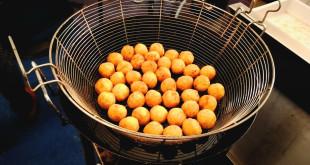 Sua maestà l'arancina: preparazione e degustazione allo Street Food Fest