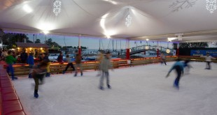 La pista di pattinaggio al Giardino Inglese