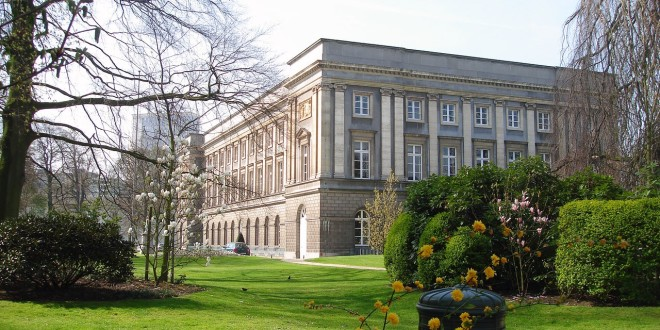 Palais d'Academies, Bruxelles, ospita  100 Years Under One Sky meeting held on 11–13 April 2019.