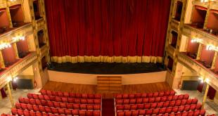 """Teatro Biondo, abbonamenti gratuiti """"Biondo Valentino"""" a due spettacoli"""